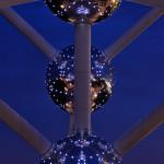 Atomium v noci