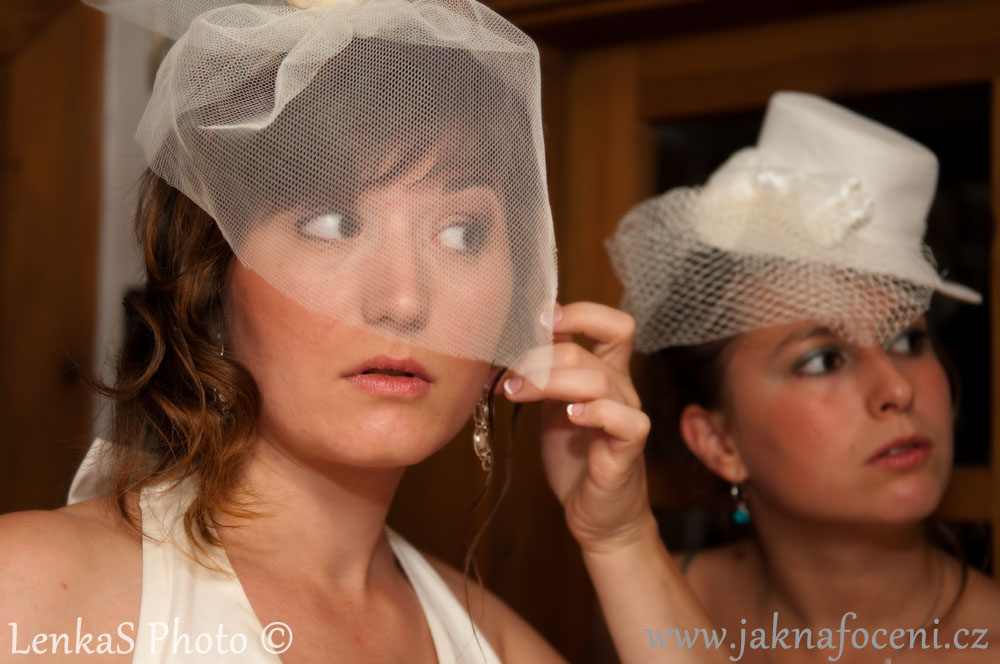 Focení svatby - oblékání